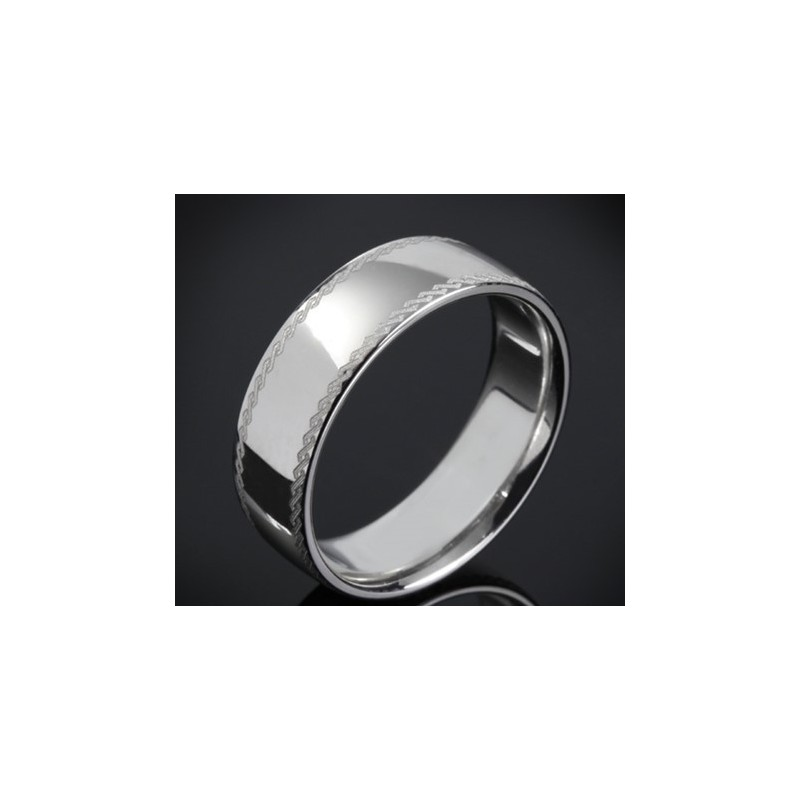 Класическа брачна халка изработена от 14к злато с широчина 7.0 мм и дебелина 1.8