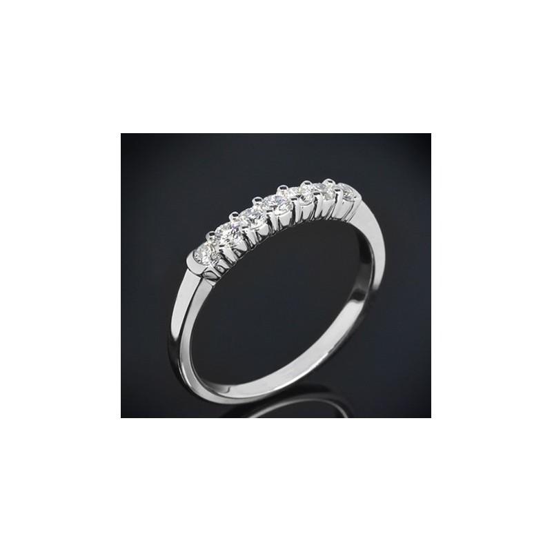 """Диамантена брачна халка от колекцията """"Звездно небе"""", изработена от 14к злато, с широчина 2,1 мм и 7 диаманта с общо тегло 0,35"""