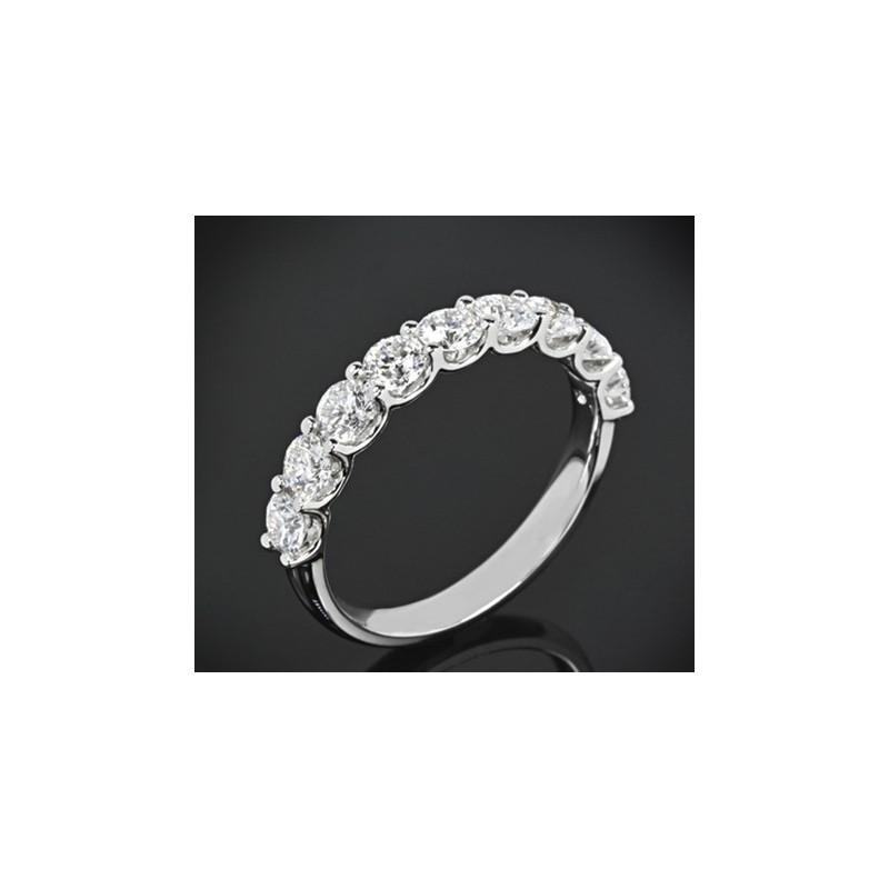 """Диамантена брачна халка от колекцията """"Звездно небе"""", изработена от 18к злато, с широчина 3,4-2.7 мм и 9 диаманта с общо тегло 1"""