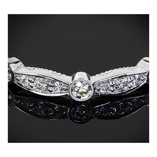 """Диамантена брачна халка от колекцията """"Звездно небе"""", изработена от 18к злато, с широчина 2,0 мм и диаманти с общо тегло 0,20 ct"""
