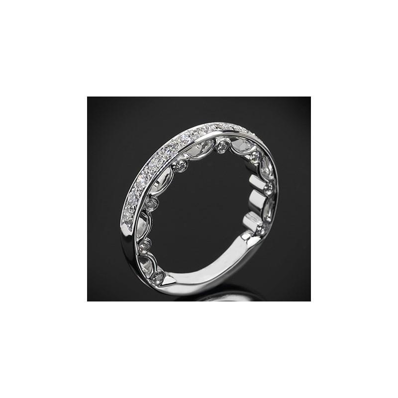 """Диамантена брачна халка от колекцията """"Звездно небе"""", изработена от 18к злато, с широчина 3,0-2,3 мм и диаманти с общо тегло 0,5"""