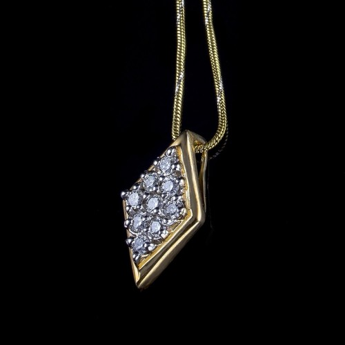 "Necklace ""Earth"", 18K gold, central diamond with a weight of 0.23ct."