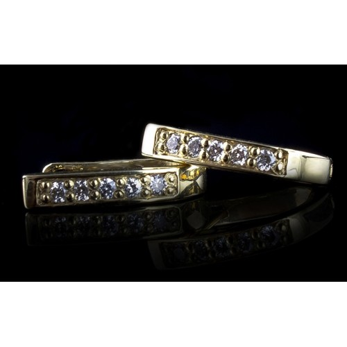 """Earrings """"Icicle"""", 14K yellow gold, 10 diamonds with a weight of 0.17ct."""