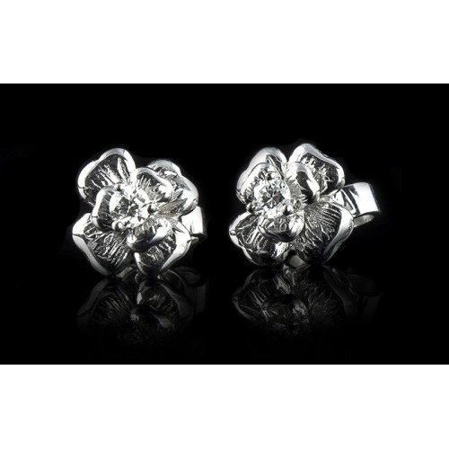 """Earrings """"Shamrock"""", 18K white gold, 2 diamonds with a weight of 0.33ct."""