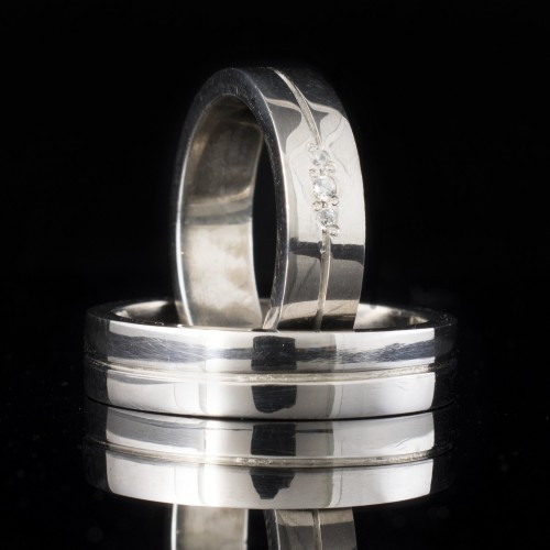Set of wedding rings with diamonds model R115
