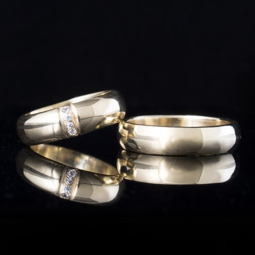 Set of wedding rings with diamonds model R119