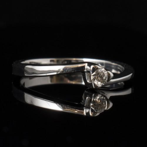 Годежен пръстен 14К злато, 1 диамант с общо тегло 0.074ct.