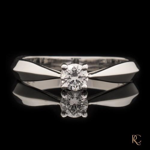 Пръстен 14К злато, 1 диамант с тегло 0.23ct