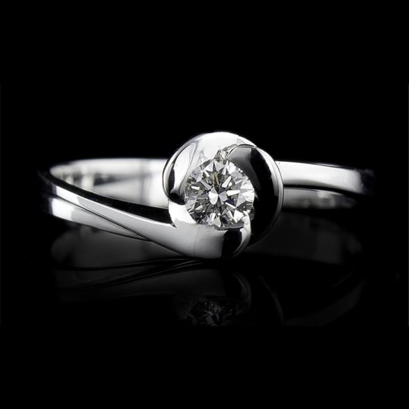 Годежен пръстен 18К злато, 1 диамант с тегло 0.057ct.