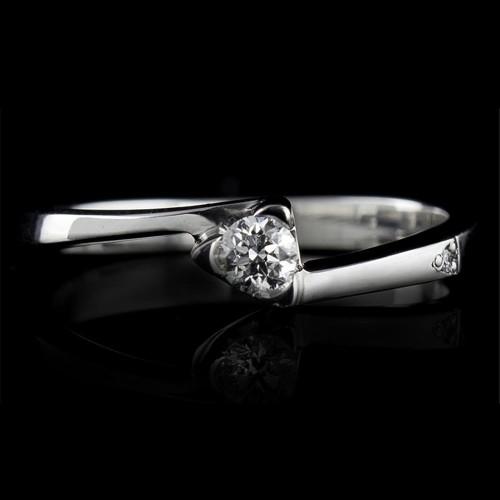 Годежен пръстен 14К злато, 1 диамант с тегло 0.074ct.