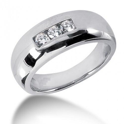 Мъжки пръстен 14К злато с 3 диаманта 0.11 ct