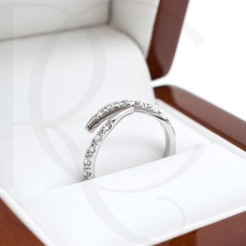 Ring 18K gold with diamonds 0,26ct