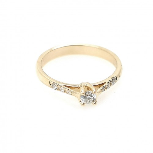 Engagement ring 14k YG with 7 diamonds 0,16ct
