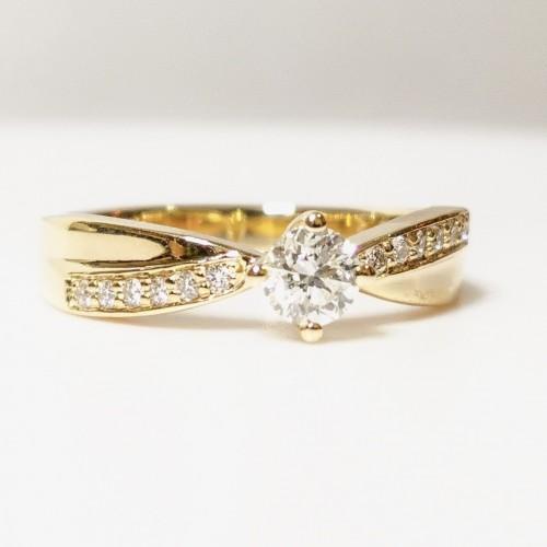 Годежен пръстен 14К злато с диаманти с общо тегло 0.42ct