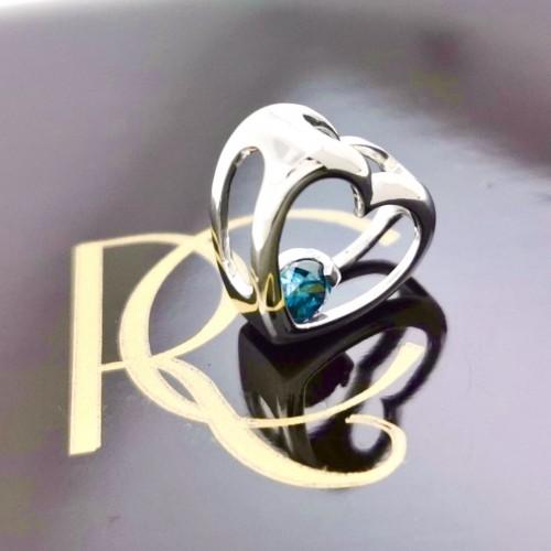 Pendant Platinium and Blue diamond 0.17ct