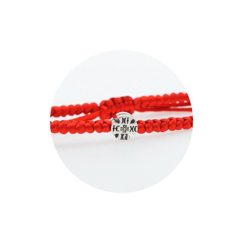 Гривна с червен конец и сребърен кръст с проба 925