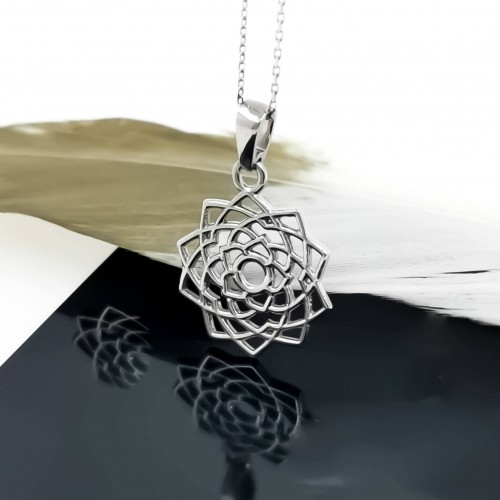 Necklace Sahasrara 14K Gold with weight 3,5gr