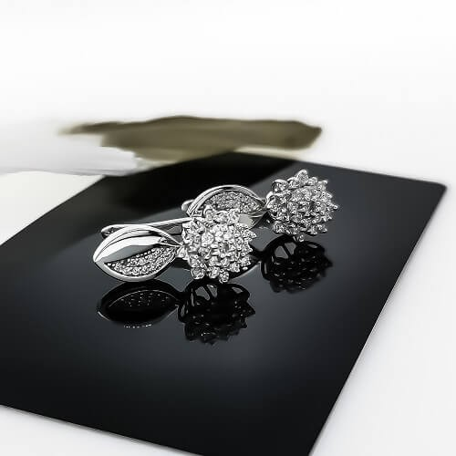 Earrings, 14K white gold, 74 diamonds with a weight of 0.94ct