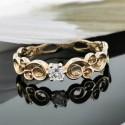 Пръстен 14К злато, 1 диамант с тегло 0.10ct.