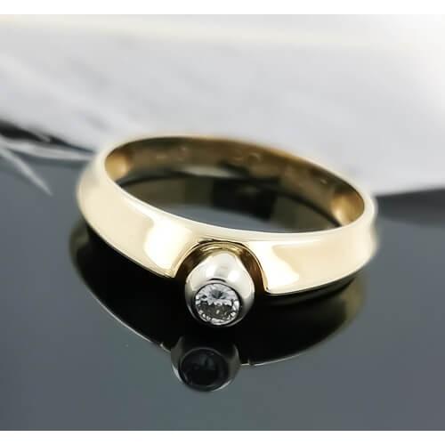 Годежен пръстен 14К злато и диамант с тегло 0.10 ct