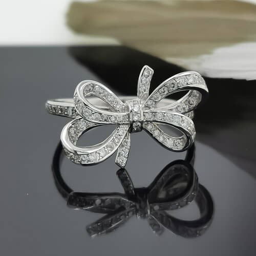 Ring Ribbon made of 14К gold and diamonds 0.54ct