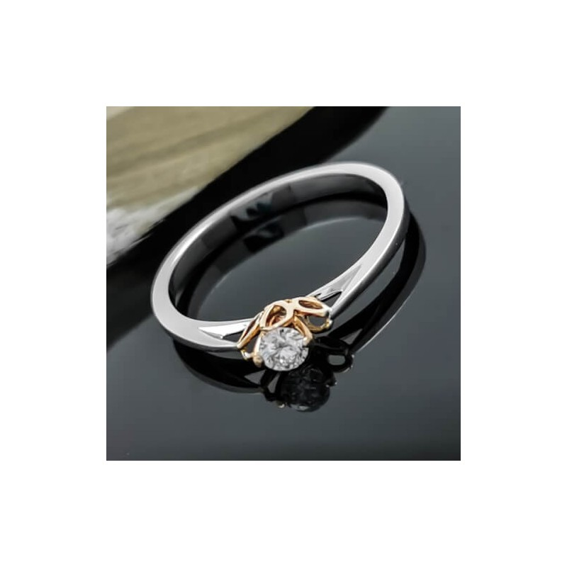 Годежен пръстен 14К бяло злато и диамант 0,10ct
