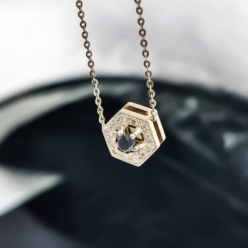Колие, 14K злато, 1 черен диамант с тегло 0,20 ct и 15 диаманта с общо тегло 0,08ct.