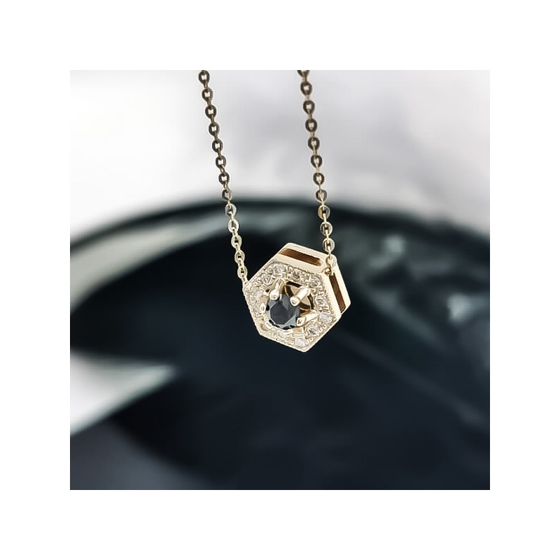 Necklace, 14K gold, 1 black diamond with a weight of 0.20ct and 15 diamonds with total weight 0,08ct.