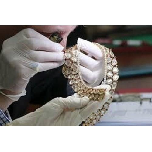 Evaluation of loose diamond
