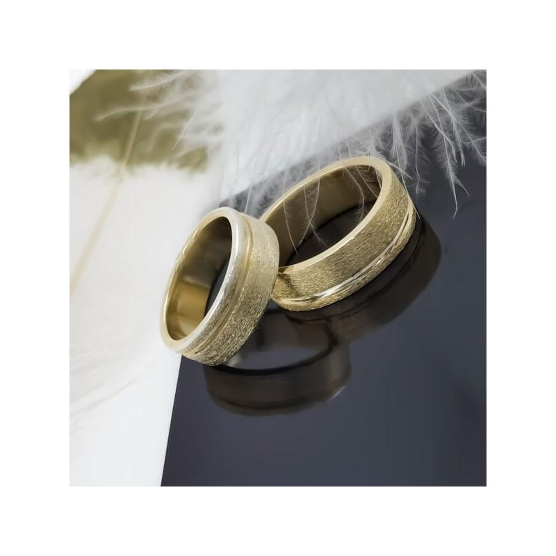 Комплект брачни халки с диаманти модел R117