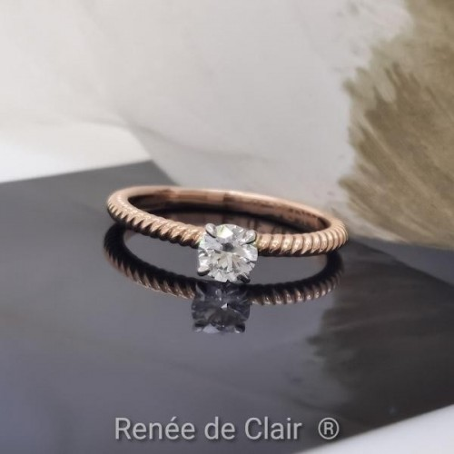 Engagement ring 14К Rose Gold and diamond 0,32ct