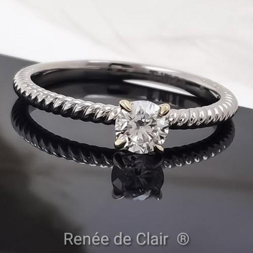 Годежен пръстен с 14К Бяло злато и диамант 0,32ct
