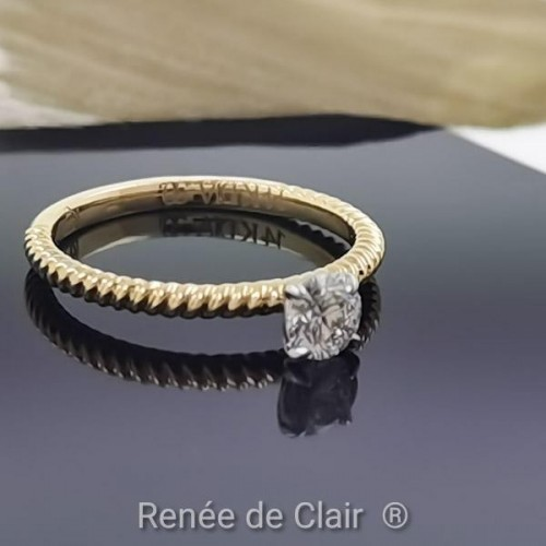 Engagement Ring 14K Yellow Gold with Diamond 0.30ct